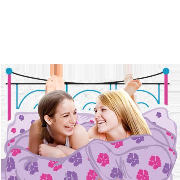 Kuva kahdesta nuoresta tytöstä sängyllä nauramassa. Kuva kuvastaa murrosiän aiheuttamia monia muutoksia vartalossa, ja kuinka se on täysin normaalia.